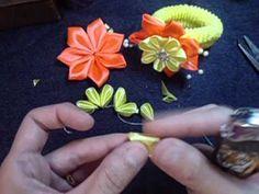 Flor de fita para xuxinha/ ribbon flower