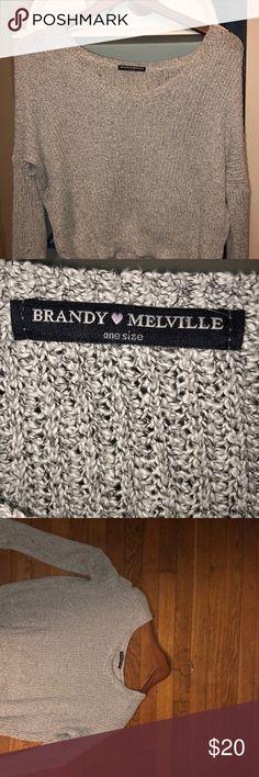 Grey Brandy Melville v-neck sweater Grey Brandy Melville v-neck sweater, super light and comfy! Brandy Melville Sweaters V-Necks