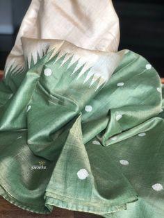 Tussar Silk – Page 4 – Panache-The Desi Creations Kanjivaram Sarees Silk, Tussar Silk Saree, Organza Saree, Pure Silk Sarees, Cotton Saree Designs, Saree Blouse Neck Designs, Stylish Sarees, Trendy Sarees, Saree Accessories