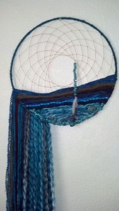 Dreamcatcher & shades of blue yarn design