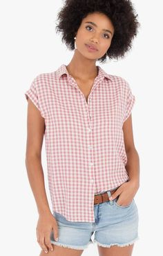 Spring Summer 2018, Button Downs, Collars, Buttons, Tops, Women, Fashion, Necklaces, Moda