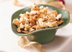 Chex Microwave Caramel Corn - plus other great microwave movie snack ideas