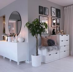61 minimalist bedrooms ideas with cheap furniture 29 61 minimalist bedroom ideas with cheap furniture 28 House Interior, Living Room Decor, Bedroom Decor, Apartment Decor, Minimalist Bedroom, Home, Interior Design Living Room, Bedroom Design, Room Interior