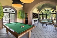 Refugio - Games Room and Bar