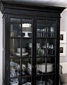 Einrichtung Sally's house Landscape Painting Tips For Watercolor Artists One of the biggest challeng China Cabinet Decor, Painted China Cabinets, Glass Cabinet Doors, Black China Cabinets, Rustic China Cabinet, Modern China Cabinet, Home Decor Furniture, Furniture Makeover, Dresser Makeovers