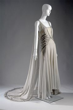 Sleek and chic from designer Madeline Vionnet, 1920's.