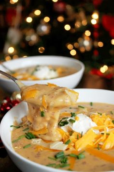 Esta sopa de ajo tostado y patata al horno. | 24 Recetas de papas que deberían ser ilegales