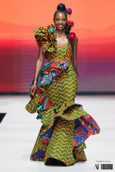 Biggest runway trends from AFI Joburg Fashion Week Big Fashion, Fashion Week, Fashion Brands, Fashion Outfits, Prom Outfits, Fashion Designers, Fashion Art, Flowing Dresses, Work Dresses