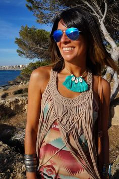 Minimalist Fashion Ideas That Still Look Charming - Cimonds Moda Boho, Moda Hippie, Macrame Necklace, Macrame Jewelry, Collar Hippie, Macrame Dress, Boho Dress, Short Beach Dresses, Boho Fashion