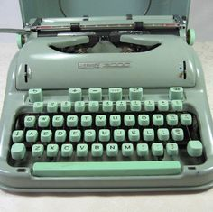 Vintage Hermes 3000 Typewriter FREE SHIPPING by rustycharm on Etsy