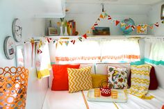 glamping in our little trailer Miss Mabel, a cute little vintage trailer, travel trailer, camper, caravan, colorful finds, bright and cute