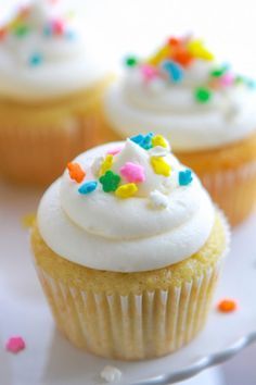 ... Cupcakes on Pinterest | Chocolate cupcakes, Lemon cupcakes and Cupcake