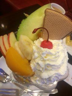 イノダコーヒーのパフェ