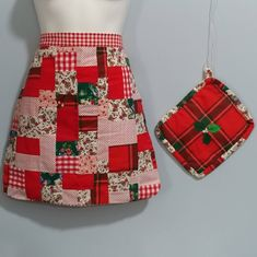 2 Sided Holiday Half Apron & Matching Quilted Pot Holder Country Cooking Set Gingham Tartan Plaid w/Holly, Hot Pad Farmhouse Chic Gift Country Christmas, Red Christmas, Christmas Gifts, Cream White Color, Winter Bridal Showers, Kitchen Themes, Kitchen Decor, Gingham Fabric, Thing 1