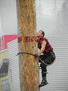 Great Alaskan Lumberjack Show. I need to go to this event. #1 on my bucket list!
