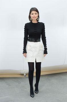 Lo stile di Alessandra Mastronardi, la nuova madrina della Mostra del Cinema di Venezia Vanity Fair, Leather Skirt, Diva, Cinema, Mini Skirts, Fashion, Chic, Moda, Leather Skirts