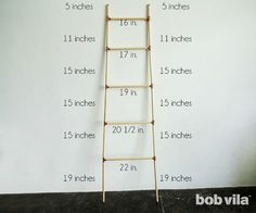 Use Pallet Wood Projects to Create Unique Home Decor Items – Hobby Is My Life Quilt Ladder, Diy Blanket Ladder, Diy Ladder, Wood Ladder, Ladder Decor, Unique Home Decor, Home Decor Items, Diy Wood Projects, Projects To Try