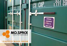 Die Seecontainer bei MO.SPACE enthalten standardmäßig den leicht zu öffnenden Spezialverschluss, einen langlebigen Holzboden und die Einbruchsicherung.   Das vom Hersteller patentierte Verschlusssystem ermöglicht euch das einfache Öffnen der Tür mit nur einer Hand. Die Seecontainer eigenen sich perfekt für die Lagerung von Gütern aller Art.  Der Preis pro Seecontainer beträgt € 2.850,-- (Netto; ab Depot 2460 Bruck a.d. Leitha; RAL 7030; gültig solange Vorrat reicht). Storage Containers, Lockers, Locker Storage, Doors, Money, Home Decor, Moving Boxes, Storage Room, Wrapping
