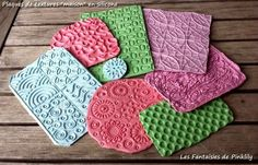 Pinklily's tutorial for making texture plates from silicone caulk, talc, and colored chalk