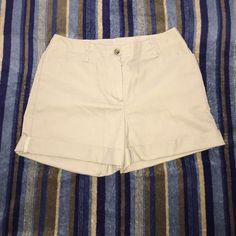 Selling this Khaki shorts in my Poshmark closet! My username is: 60hael. #shopmycloset #poshmark #fashion #shopping #style #forsale #Dennis #Pants