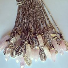 Collar Gipsy Dream Catcher, Chandelier, Ceiling Lights, Mixed Media, Diy, Jewelry, Home Decor, Doilies, Rosaries