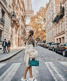 #Travellers #with #Style #ThemostStylish #Women #Instagram