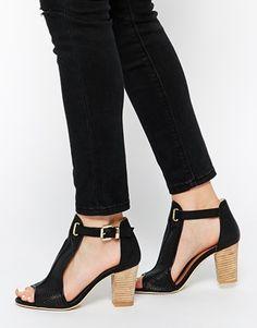 Glamorous T Bar Wood Effect Heeled Sandals