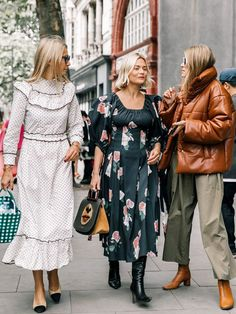 The Trends Fashion Insiders Are Ditching in 2018 #TodaysFashionTrends