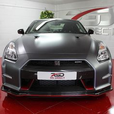 Queen Square meet tomorrow ohhhh to take the Stealth Nismo GTR or something else!