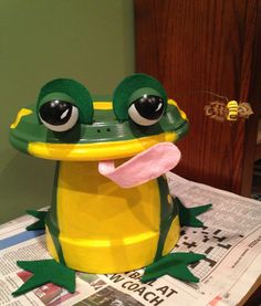 Frog made with clay pots