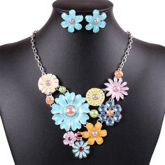 Qiyun (TM) Colorful Flower Cluster Festoon Y-Necklace Bib Statement Necklace Earring Set