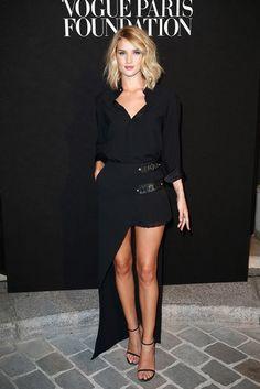 Rosie Huntington-Whiteley, Versace, Vogue Paris Foundation Gala