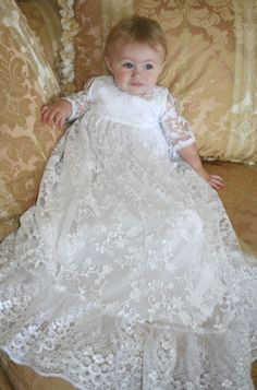 Lavish+Christening+Gown+in+Lace+by+Isabel+Garreton