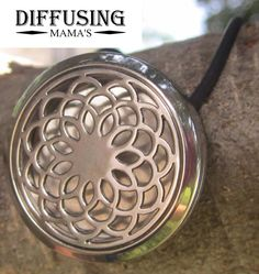Lotus Flower (30mm) Aromatherapy / Essential Oils Diffuser Locket Necklace