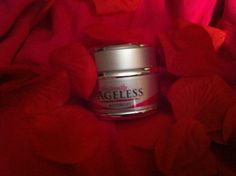 Moiture Lift by Instantly Ageless, is a daily mega-moisturize that visibly reduces the look of fine lines, and wrinkles.