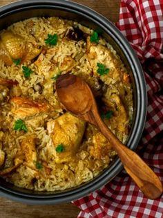 Η συνταγή της ημέρας: Κοτόπουλο με ρύζι στο φούρνο! - Γεύση & Συνταγές - Athens magazine