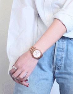 Chemise blanche : 3 looks pour savoir comment porter la chemise blanche au bureau, en week-end ou en soirée - Elle