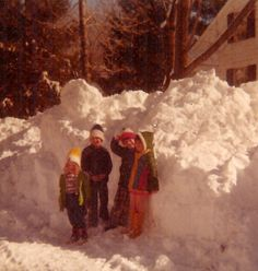 """Blizzard of 1978  Jan25 great blizzard midwest/ great lakes IN IL OH about 28"""" next  NE area Feb 6  wind gust 48 mph, temp 5 27"""" with drifts up to 15 feet  last about 30 hours Nor'easter cripples New England new york city, NJ  Boston, RI cars stranded on highways, buried in snow, snow above our heads"""