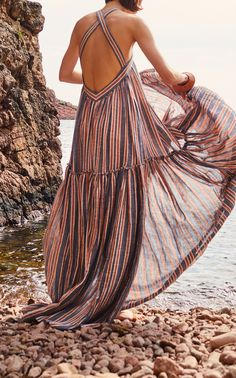 Get inspired and discover Three Graces London trunkshow! Shop the latest Three Graces London collection at Moda Operandi. Mode Boho, Maxi Robes, Summer Outfits, Summer Dresses, Striped Maxi Dresses, Boho Fashion, Fashion Design, Chic Dress, Pulls