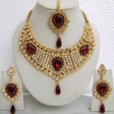 Classic Gold Plated Necklace Set with Red Stones Pandora Necklace, Necklace Set, Necklace Ideas, Bridal Necklace, Pendant Necklace, Silver Jewellery Indian, Silver Jewelry, Silver Ring, Gold Jewellery