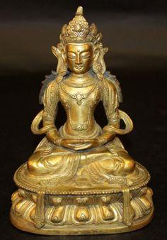 Buddha Chines em bronze gilded a ouro do sec.19th, 19cm de altura, 23,375 EGP / 8,750 REAIS / 2,770 EUROS / 3,270 USD / 20,290 CHINESE YUAN  https://www.facebook.com/SoulCariocaAntiques