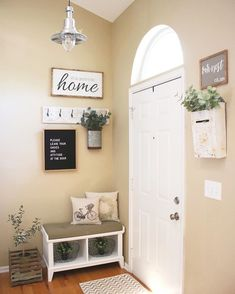 Besides tables, you can rely on benches as your house's entryway furniture. An entryway bench can be. bench decor 59 Entryway Bench Ideas that are Useful and Beautiful Entryway Furniture, Entryway Ideas, Small Entryway Decor, Entryway With Bench, Entryway Lighting, Small Entryway Organization, Small Hallway Decorating, Small Apartment Entryway, Entrance Ideas