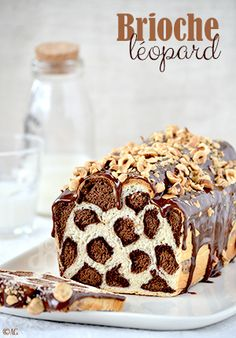 Leopard brioche - or bread with milk . My Recipes, Sweet Recipes, Baking Recipes, Cake Recipes, Dessert Recipes, Cupcake Cakes, Cupcakes, Bread And Pastries, Food Humor