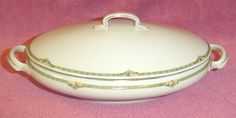 HR Bavaria Hutschenreuther Selb Rose Oval Covered Serving Bowl Dish