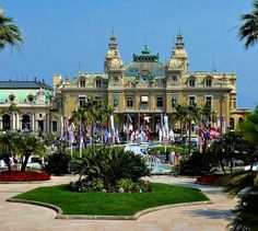 Discover the world through photos. Travel Around The World, All Over The World, Around The Worlds, Monte Carlo Casino, French Riviera, Provence, Places Ive Been, Las Vegas, Memories