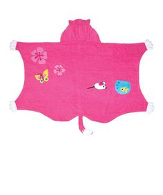 Wrapped in this soft cotton towel, drying off goes from tedium to fun! The darling design will make this a favorite after bath time, and the cozy hood ensures that soggy noggins will be dry in no time!