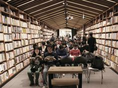 A place to dwell: Bookstore combined with cafe, gallery, fashion in Ghangzhou