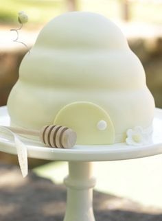 Bee party...What's it going to Bee....Great for Gender reveal party cake!!