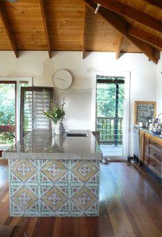 Ideas For Kitchen Island Tile Inspiration Kitchen Interior, New Kitchen, Kitchen Reno, Kitchen Stuff, Kitchen Dining, Kitchen Ideas, Mexican Tile Kitchen, Timber Tiles, Concrete Tiles