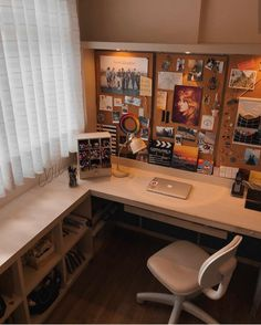 41 Contemporary Home Office Design Ideas « housemoes Bedroom Desk, Room Ideas Bedroom, Cozy Bedroom, Cork Board Ideas For Bedroom, Study Room Decor, Aesthetic Room Decor, Home Office Desks, Dream Rooms, House Rooms